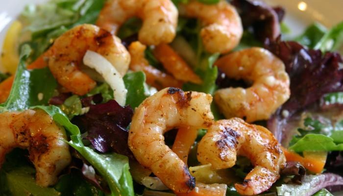 grilled_shrimp_with_Greek_salad