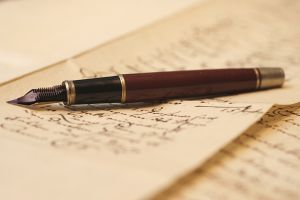 vintage-fountain-pen-4-1148656-m
